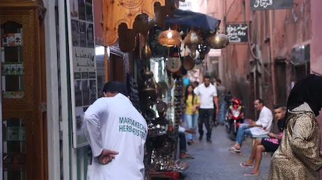 marrakech | Shimenawa | Learning the Real Meaning of Negotiation in the Medina of Tangier