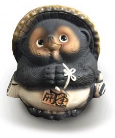 Tanuki Statue
